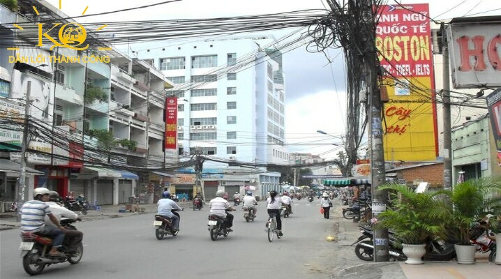 đường Phan Văn Hân